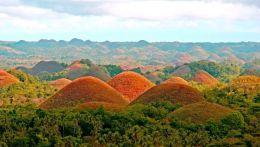 Филиппины, Шоколадные холмы